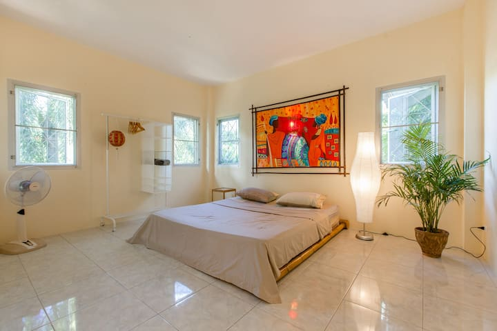 Large bright and cozy house - 2bdr in Rawai