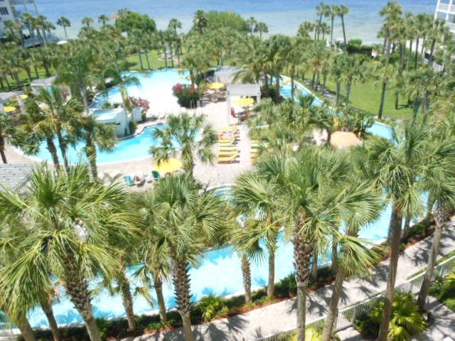 DESTIN WEST BEACH AND BAY RESORT WITH LAZY RIVER
