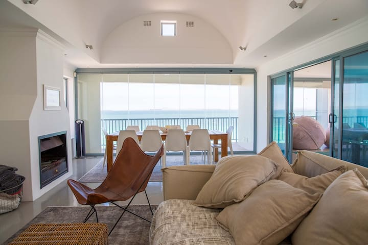 Sandy Toes Beach Villa Paradise Beach