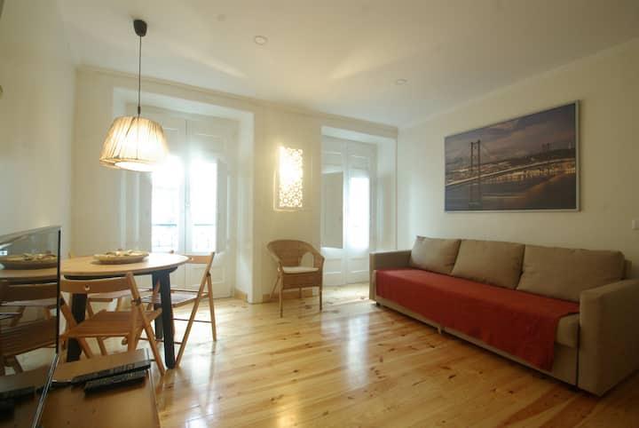My Mouraria Suites - Apartment 2 next the Castle