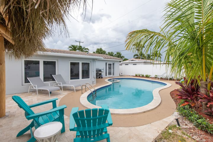 Pineapple Cove Private oasis home close to beaches