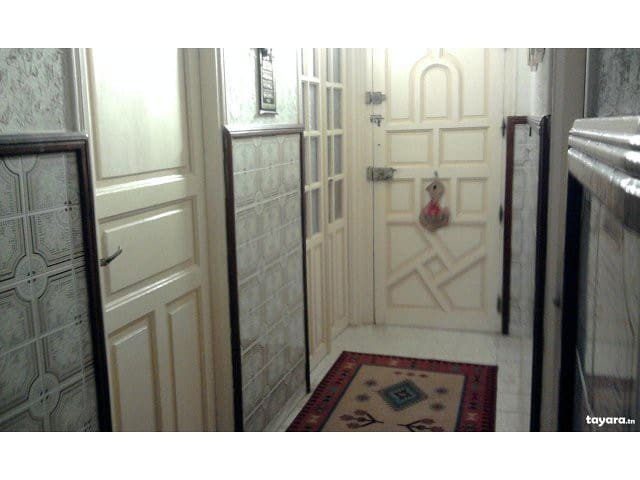good room with special places - Zaghouan - Ev