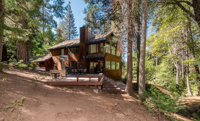 Creekside Retreat - Shaver Lake