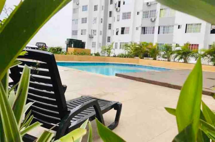 Pool and full apartment in Panama City!