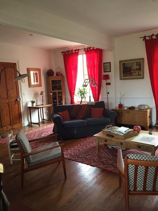 jolie chambre 2 personnes chambres d 39 h tes louer. Black Bedroom Furniture Sets. Home Design Ideas