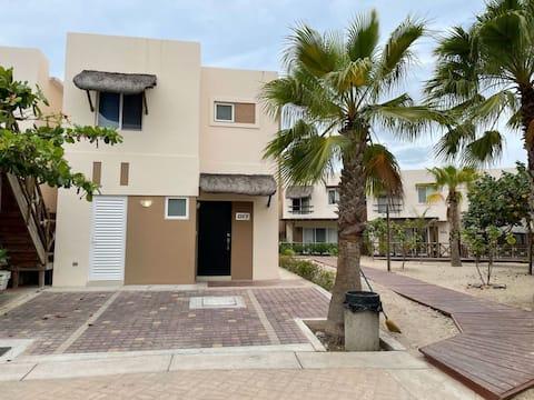 Casa de Club de Playa, Punta Esmeralda, Altata