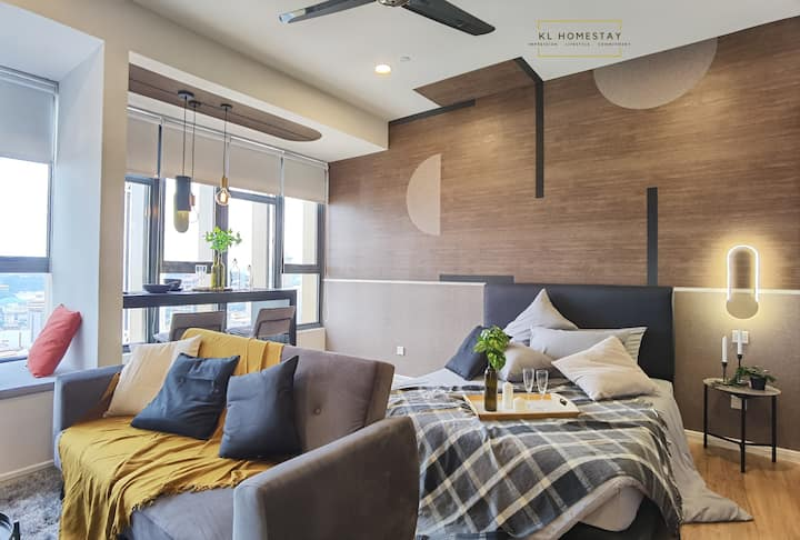 【NEW】Wood Tone Stylish Suites@KL Tower | SMART TV