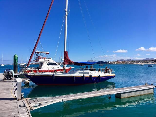 Kaala Canary Sailing - Плайя Бланка - Лодка