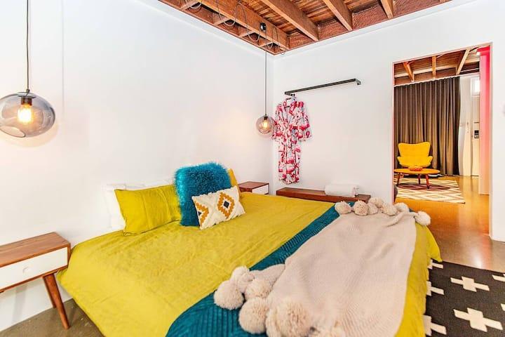 Superior King Suite - The Pink Hotel Coolangatta