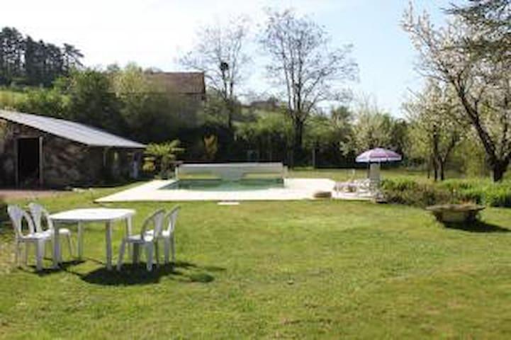 Maison à Cormatin, proche Cluny - Cormatin - Casa de campo