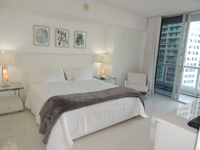 Luxury ICON Miami / W Hotel Residence - Miami - Condominium