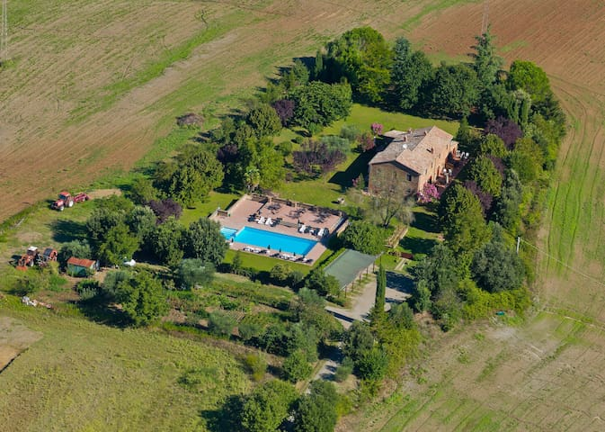 Rural Italy | Farmhouse Cerqueto with pool | Lazio