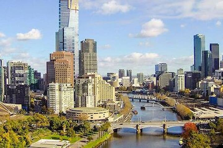 Your private apartment @ Central of Melbourne
