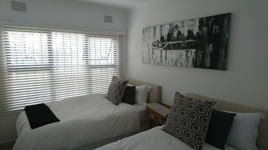 4th Bedroom on-suite with two 3/4 beds extra long.