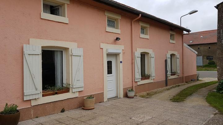 Loue grande maison au calme  à 35 km du Luxembourg