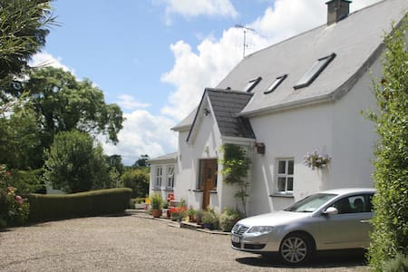 Lovely country getaway near stunning beach - Ballygarrett - Casa