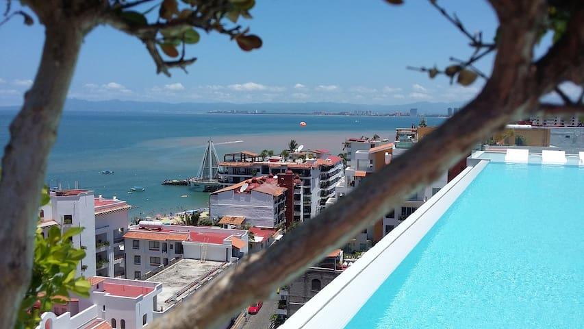 D'terrace Luxury Residence Romantic Zone