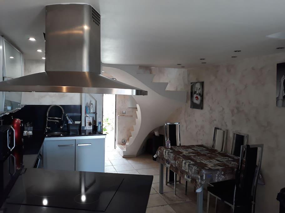 Maison dans r sidence avec piscine case in affitto a for Piscine de saint vallier