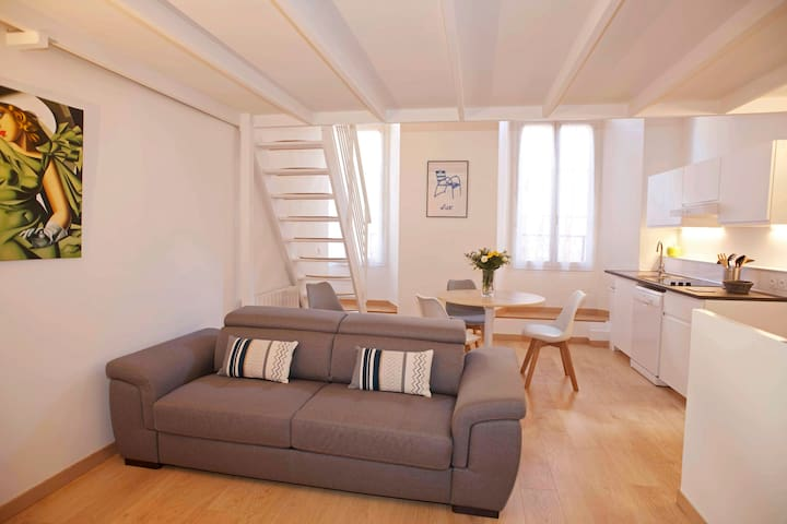 1 bedroom, 4 beddings, charm of Old Nice