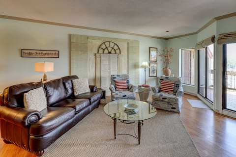 Dog Friendly 2 BR in Shelter Cove