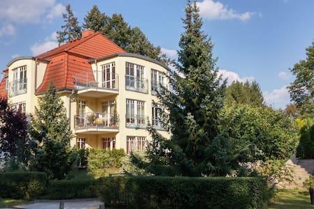 Wunderschöne Ferienwohnung Seeblick II Bad Saarow - Bad Saarow - Apartment