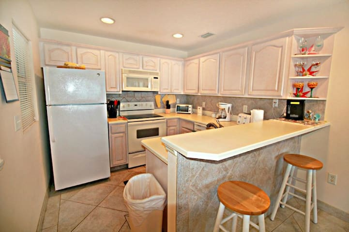 St Augustine Beach Rentals Kitchen