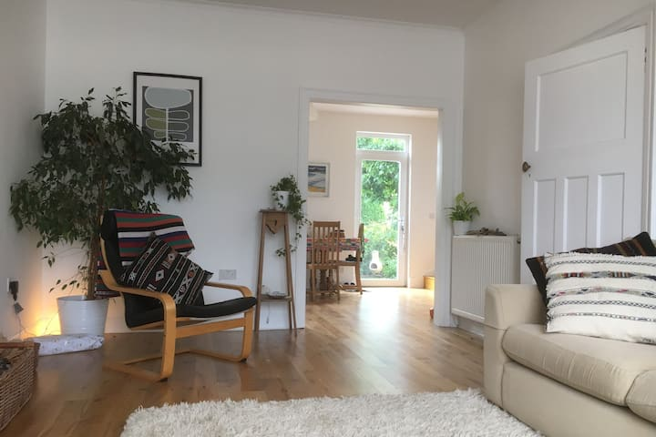 Stylish two bedroom house on friendly street