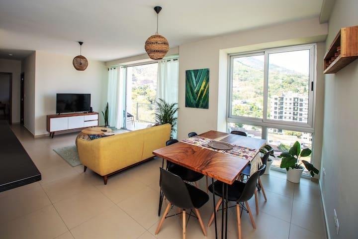 Apartamento Espacioso Con El Mejor Estilo Y Vista!