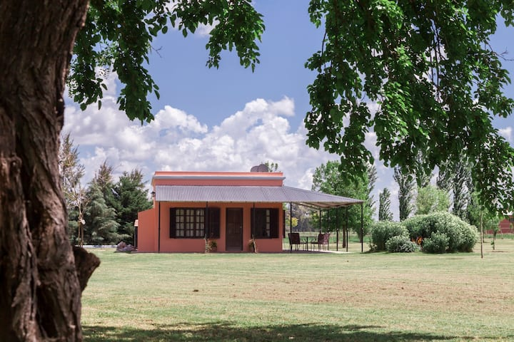San Antonio de Areco/Littlehouse countryside 2/4 p