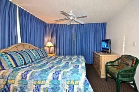 Cozumel Suite #112 @ Sunrise Suites - キーウェスト
