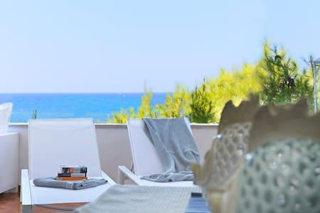 ★Aquarius Suite★Accesso Privato al Mare & Spiaggia