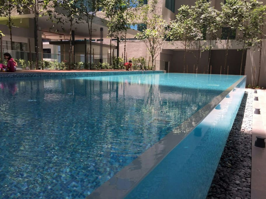 Great swimming pool at level 11.
