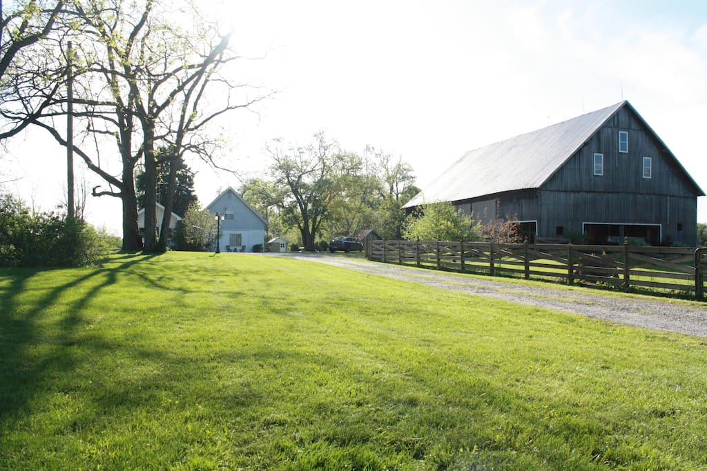 Minutes from the city barn swallow farm guest houses for Barn house indiana