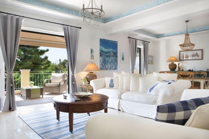 Epic Villa, Agia Efimia, Kefalonia, Walk to Beach