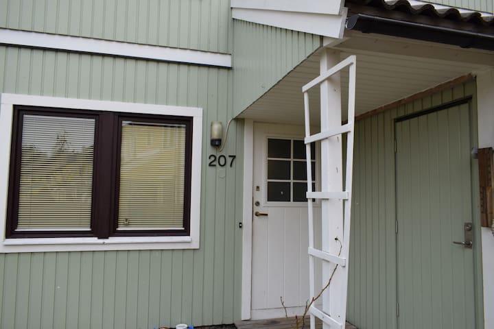 Stort hus med tomt - Haninge - Casa