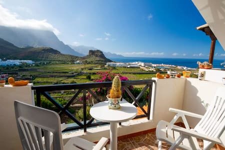 APARTMENT with AMAZING VIEWS OCEAN & MOUNTAINS 2p - Agaete