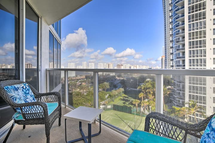 NEW! Beachfront High-Rise Condo w/ Pool & Tennis!