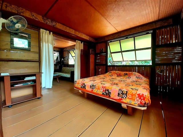 Chambre du bas  Second bedroom