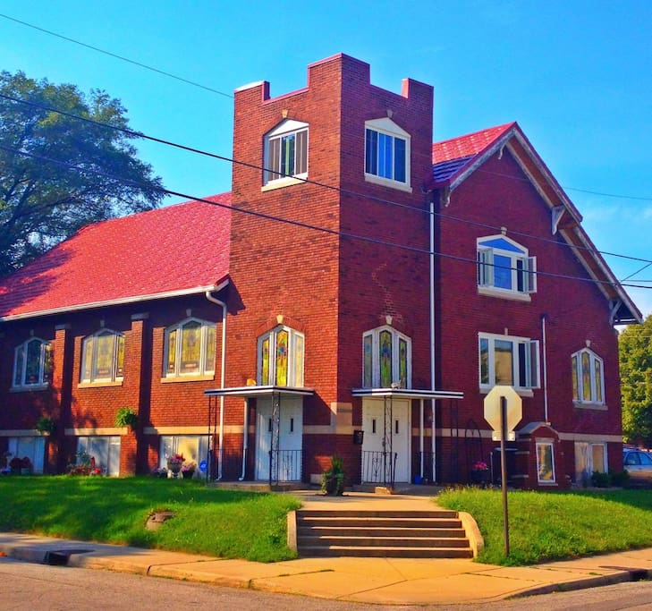 Great Apartments For Rent: Unique Renovated Church In Fountain Square