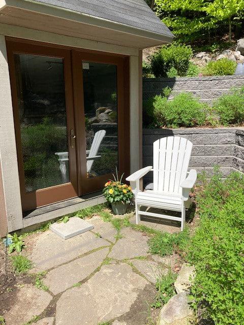 Sanctuary Suite w/ mountain views (pet friendly)