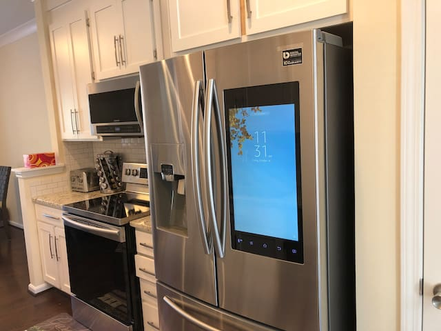 Fully renovated townhouse in Charlotte