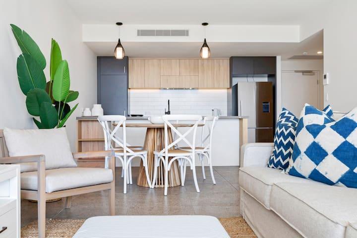 Dune 14 - Two Bedroom Beachfront Apartment