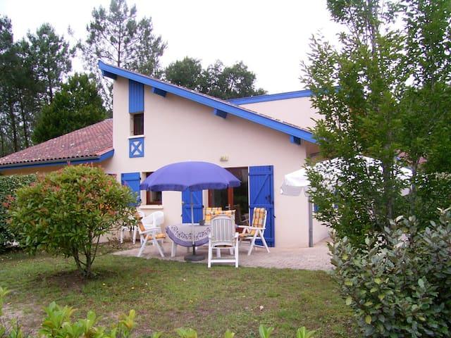 6 p luxe bungalow op vakantie park - Saint-Julien-en-Born - Apartemen