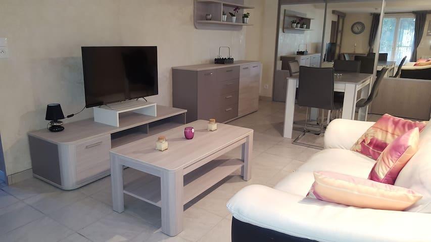 T2 indépendant 45m2 AVIGNON (le pontet) ext. 25m2 - Le Pontet - Apartment