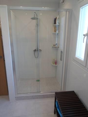 Large Shower :)