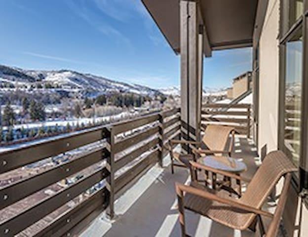 Avon Resort; Fireplace & Balcony - Avon - Apartment