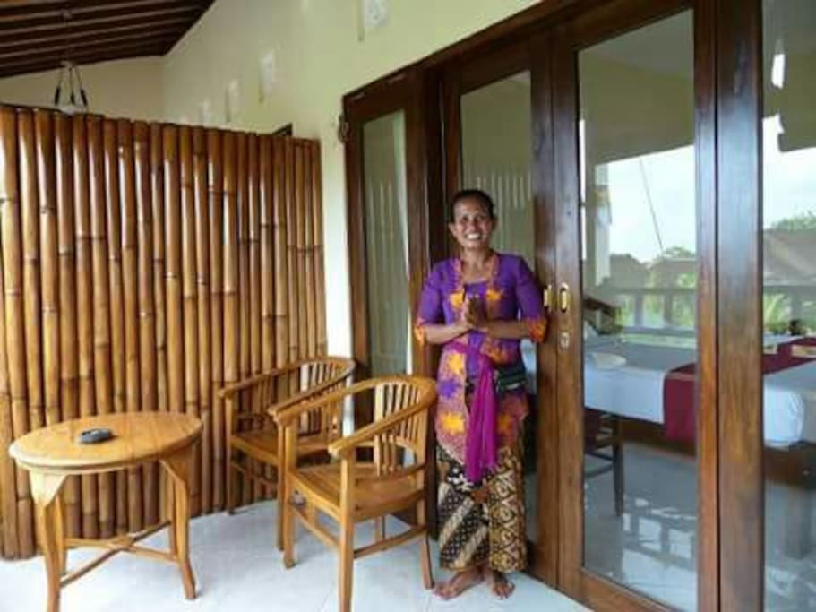 Ms. wayan host and owner pondok merta house