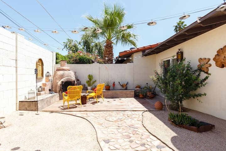 Beautiful Cozy North Central Phoenix Town Home