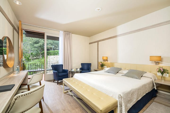 Double room forest at the heart of Costa Brava - Santa Marta Hotel