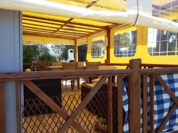 OLERON  -- petite maison dans parc résidentiel